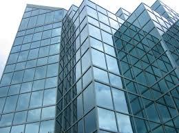 پاورپوینت با موضوع انواع شیشه و کاربرد آن در ساختمان