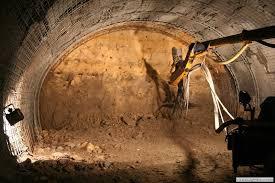 تونل سازی مکانیزه در شرایط سخت زمین شناسی، تونل خدماتی البرز