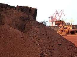 مسائل و مشکلات خاک های حاوی مواد معدنی قابل حل در سازه های آبی کشور